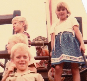 Four blond kids:Ryan, Tim, Nick and Nicci