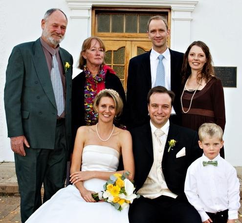 Nicci wed Earle fam